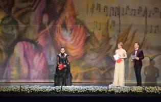 Kitsch și bâlci provincial pe scena Operei Naționale sau cum să compromiți o gală
