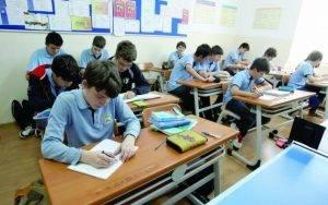 cursuri-de-orientare-in-cariera-pentru-900-de-elevi-bucuresteni-1