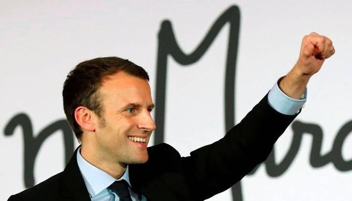 Emmanuel Macron va fi consacrat la data de 7 mai 2017 cel de-al optulea şef de stat