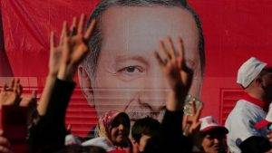 erdogan-referendum-istanbul-turkish_b34cfbf0-225d-11e7-89d6-c3c500e93e5a