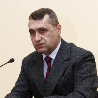 Gl.Mr.(rz)Vasile Roman