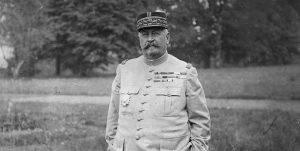 Memoriile generalului Berthelot, Q Magazine
