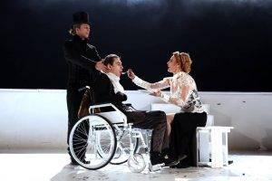 Monica Davidescu in spectacolul Regele Lear, Q Magazine