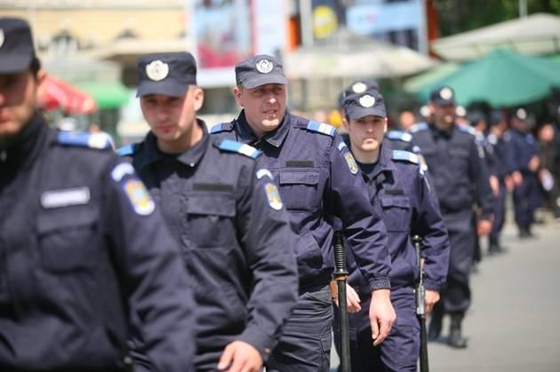 peste-50000-de-politisti-si-jandarmi-0