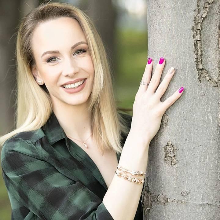 Sandra Izbașa, cel mai tânăr ofițer al Armatei Române, în exclusivitate pentru Q Magazine