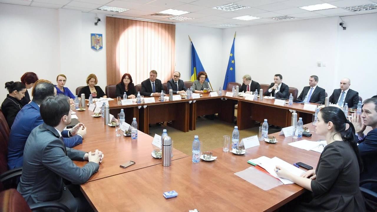 Președintele Klaus Iohannis participa la sedinta din 1 februarie a Consiliului Superior al Magistraturii, Q Magazine
