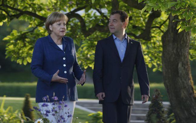 Acordul de la Meseberg – Medvedev – Angela Merkel