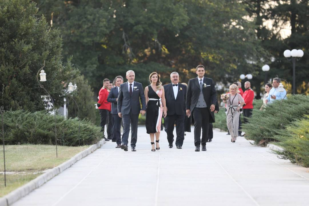 Nuntă în Familia Lui Dragnea Galerie Foto Q Magazine