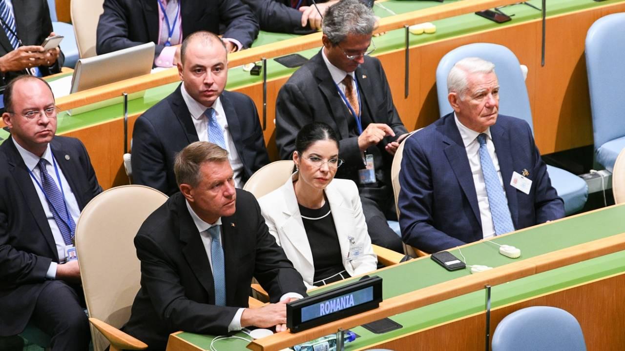 Ana Birchall, vicepremier PSD, alături de Președintele Ionannis și de ministrul de Externe, Teodor Meleșcanu