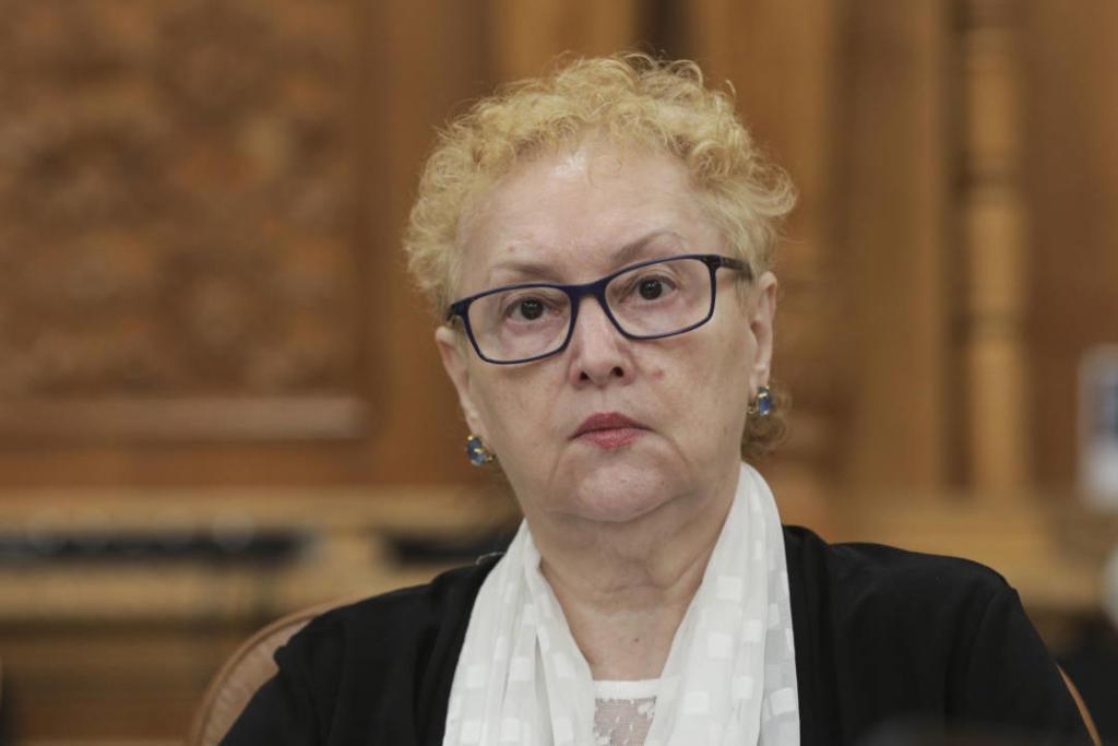 Renate Weber a cerut autoritatilor sa asigure medicilor echipamentele de protectie necesare desfasurarii activitatii lor